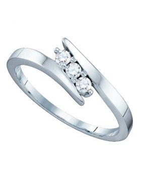 14k White Gold Round 3-Stone Diamond Womens Bridal Wedding Engagement Ring 1/6 .15 Cttw