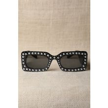 Retro Stud With Pearl Embellished Sunglasses Black