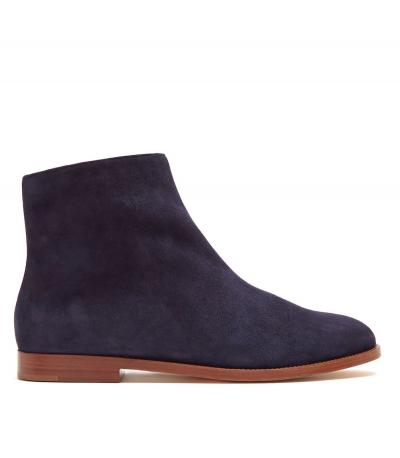 Found: Most Comfortable (and Stylish) Flat Boots